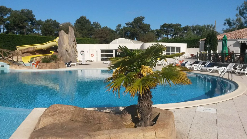 Camping la palmyre avec piscine photos du camping royan for Camping piscine royan