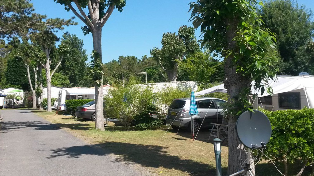 grand Emplacement camping la Yole