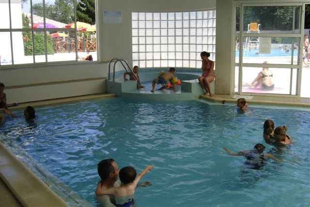 Camping st jean de monts avec piscine couverte camping for Piscine de saint jean de monts